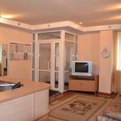 Hotel Oktyabr'skaya On Belinskogo интерьер отеля