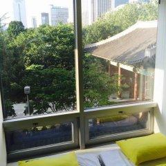Отель 24 Guesthouse Seoul City Hall 2* Номер Делюкс с 2 отдельными кроватями фото 6