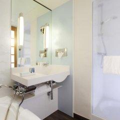 Отель Novotel Paris Centre Tour Eiffel 4* Улучшенный номер с разными типами кроватей фото 11