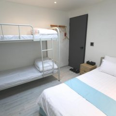 Отель Must Stay 2* Стандартный семейный номер с двуспальной кроватью фото 9