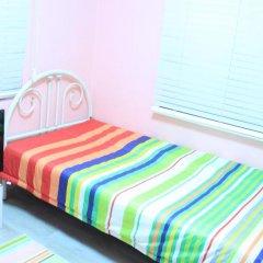 Kpopstarz Guesthouse - Caters to Women (отель для женщин) 2* Номер с общей ванной комнатой с различными типами кроватей (общая ванная комната) фото 2