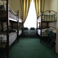 Хостел Комфорт Парк Кровать в общем номере с двухъярусной кроватью