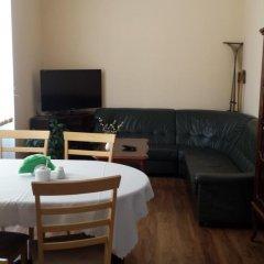 Отель Noclegi Apro комната для гостей фото 3