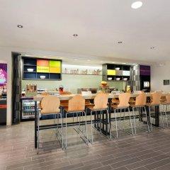 Отель Home2 Suites by Hilton Cleveland Beachwood гостиничный бар