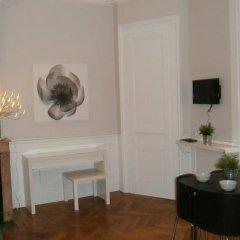 Отель Appartements Place Bellecour - Lyon Cocoon Франция, Лион - отзывы, цены и фото номеров - забронировать отель Appartements Place Bellecour - Lyon Cocoon онлайн интерьер отеля фото 3
