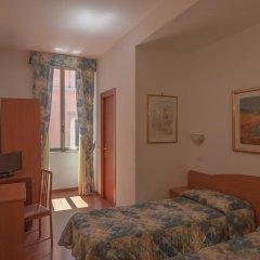 Tirreno Hotel 3* Стандартный номер с двуспальной кроватью фото 12