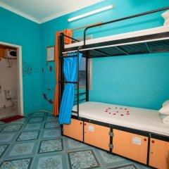 Halong Party Hostel Кровать в общем номере с двухъярусной кроватью
