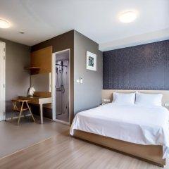 Отель Like Sukhumvit 16 4* Улучшенный номер фото 2