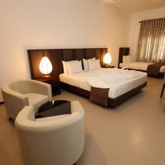 Отель Royal Beach Resort Шри-Ланка, Индурува - отзывы, цены и фото номеров - забронировать отель Royal Beach Resort онлайн комната для гостей фото 3