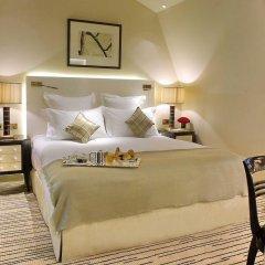 Отель Hôtel Montaigne 5* Стандартный номер с различными типами кроватей фото 4