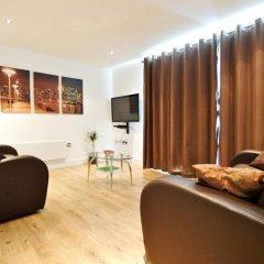 Отель Living by BridgeStreet, Manchester City Centre комната для гостей