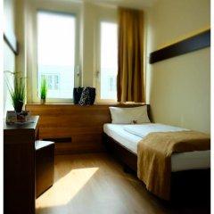 Отель Motel Plus Berlin 3* Стандартный номер с различными типами кроватей фото 4