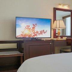 Отель China Mayors Plaza 4* Улучшенный номер с различными типами кроватей