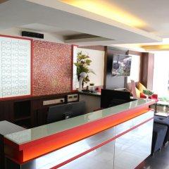 Отель Pakdee Bed And Breakfast Бангкок интерьер отеля фото 3