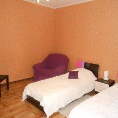 Hostel Skazka In Tolmachevo Стандартный номер с 2 отдельными кроватями фото 5