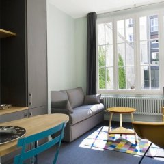 Отель Helzear Montparnasse Suites 4* Люкс с различными типами кроватей фото 3