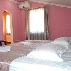 Отель Исака 3* Номер Комфорт с двуспальной кроватью фото 2