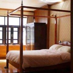 Отель The Royal ThaTien Village комната для гостей фото 5