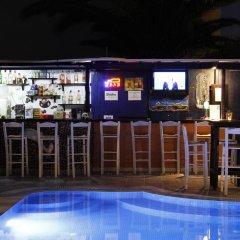 Отель Anny Studios Perissa Beach Греция, Остров Санторини - отзывы, цены и фото номеров - забронировать отель Anny Studios Perissa Beach онлайн гостиничный бар