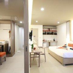 Отель Proud Phuket 4* Улучшенный номер с двуспальной кроватью фото 7