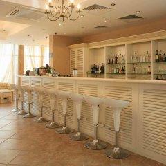 Апартаменты GT Dawn Park Apartments Солнечный берег гостиничный бар