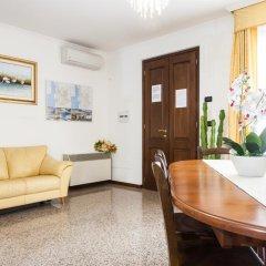 Отель Affittacamere Acquamarina Ористано комната для гостей