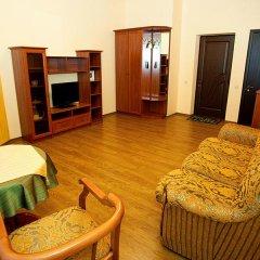 Гостевой Дом Юнона Семейный люкс с двуспальной кроватью фото 7