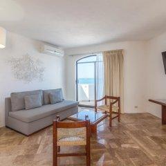 Отель Ramada Resort Mazatlan 3* Улучшенный люкс с различными типами кроватей фото 4