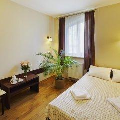 Гостиница Medova Pechera комната для гостей
