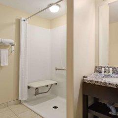 Отель Super 8 Saskatoon West 2* Стандартный номер с различными типами кроватей фото 2