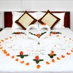 Отель Azalea Homestay 2* Номер Делюкс с двуспальной кроватью фото 4