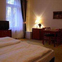 Отель Villa Gloria 2* Апартаменты с различными типами кроватей фото 6