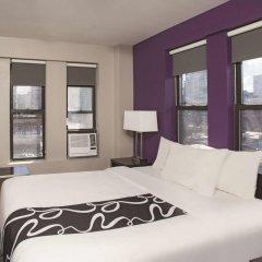 Отель La Quinta Inn & Suites New York City Central Park 2* Стандартный номер с двуспальной кроватью фото 6