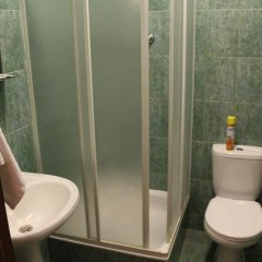 Отель Oasis Ug 2* Номер категории Эконом фото 4