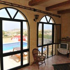 Отель Razzett Ta Pawlu Мальта, Арб - отзывы, цены и фото номеров - забронировать отель Razzett Ta Pawlu онлайн балкон