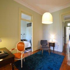 Отель Maison des Amis Porto Guest House Порту в номере