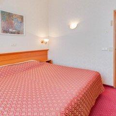 Гостиница Украина комната для гостей фото 10