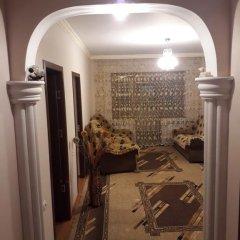 Отель Green Dilijan B&B Армения, Дилижан - отзывы, цены и фото номеров - забронировать отель Green Dilijan B&B онлайн интерьер отеля фото 2
