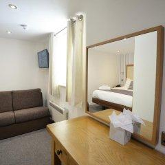 The Waterside Hotel and Galleon Leisure Club 3* Стандартный семейный номер с двуспальной кроватью фото 3