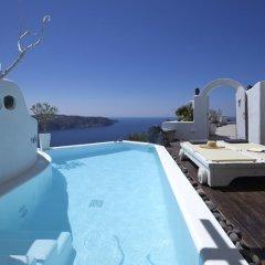 Отель Athermi Suites Греция, Остров Санторини - отзывы, цены и фото номеров - забронировать отель Athermi Suites онлайн бассейн фото 3