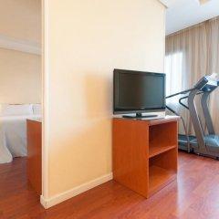 Отель TRYP Madrid Chamartin 3* Стандартный номер с различными типами кроватей фото 3