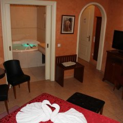 Exis Boutique Hotel 2* Стандартный номер с двуспальной кроватью фото 3