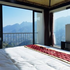 Phuong Nam Mountain View Hotel 3* Номер Делюкс с различными типами кроватей