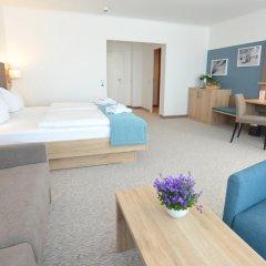 Отель Carat Golf & Sporthotel 4* Номер Комфорт с различными типами кроватей фото 9