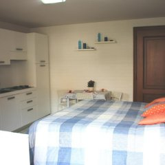 Апартаменты Alimat Apartment комната для гостей фото 4