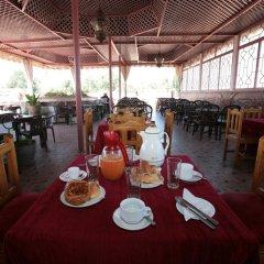 Отель Hôtel Ichbilia Марокко, Марракеш - отзывы, цены и фото номеров - забронировать отель Hôtel Ichbilia онлайн питание фото 3