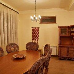 Отель Вилла Luxe Villa Tsaghkadzor Вилла с различными типами кроватей фото 4