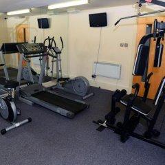 Отель Holyrood Aparthotel фитнесс-зал фото 2