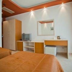 Отель DIT Orpheus Hotel Болгария, Солнечный берег - отзывы, цены и фото номеров - забронировать отель DIT Orpheus Hotel онлайн удобства в номере фото 2