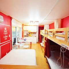 Отель Han River Guesthouse 2* Семейная студия с двуспальной кроватью фото 3
